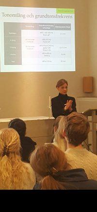 Visar Petra Valman som föreläsare